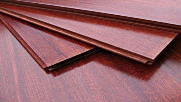 Hèm khóa sàn gỗ bị hở do nhiều nguyên nhân